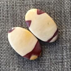 Мукаит, пара кабошонов 23*14*4 мм , 23*14*5 мм